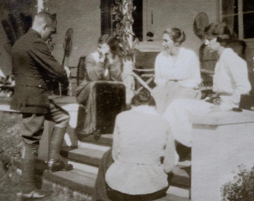 1918_ SydDoroLilyRachelGert.jpg