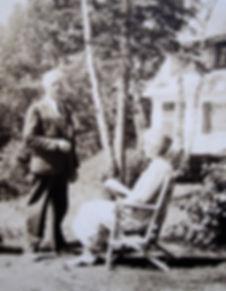 z1938 Frank-Carrie.jpg