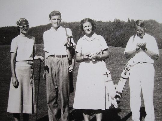 1937 GolfMorewoods.jpg