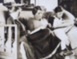 1912 Rachel Webb, Gertrude,Dorothy,schoo