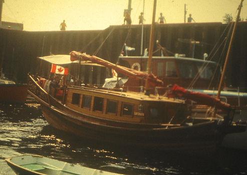 1969 WharfBoats2.jpg
