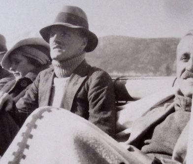1923 GertGenRonBobbyTherrienBoatTrip.jpg