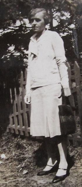 1920_ MaryW.jpg