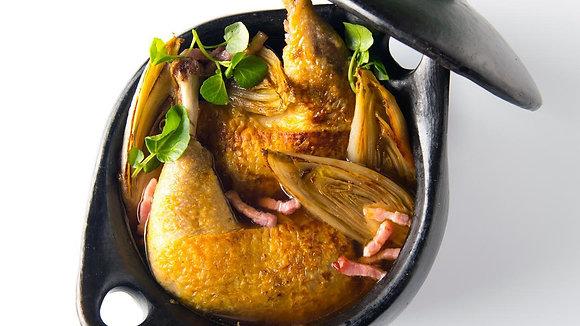 HG:Parelhoenfilet in champignonsaus /gestoofd witloof/kerstomaat/verse kroketten