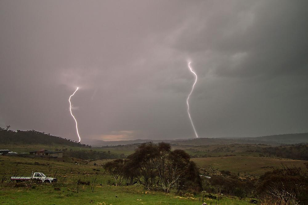 lightning mowamba river valley.jpg