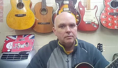 Gavin's testimonial about having guitar lessons here with me in Maidstone.