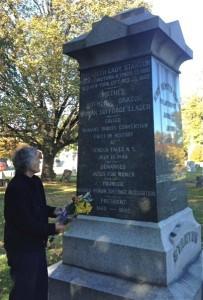 ECS grave 2015