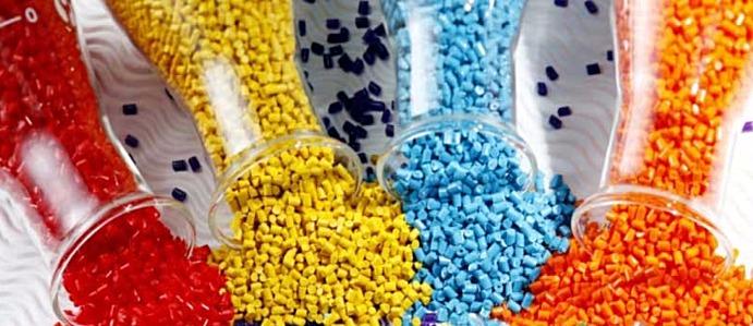 Gia công hạt nhựa