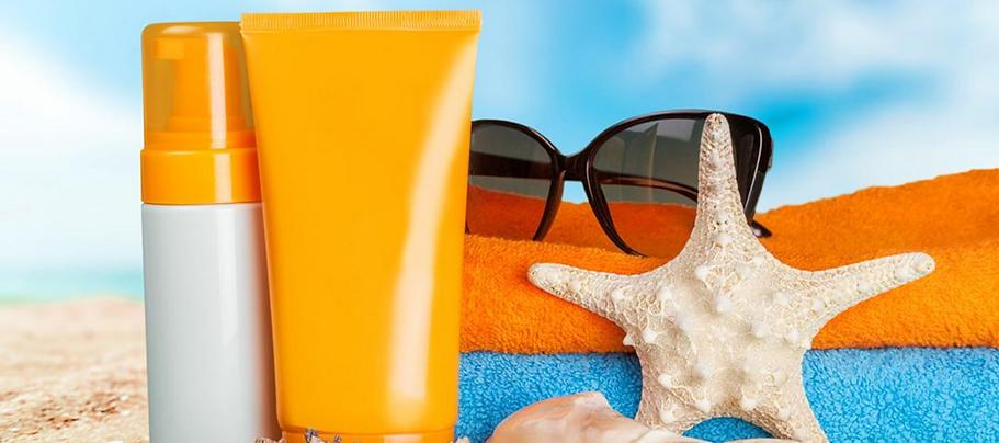 sunblock versus sunscreen mineral sunscreen chemical sunscreen what sunscreen should I use sun protection avoid sunburn corona aesthetics medical clinic corona aesthetician medspa