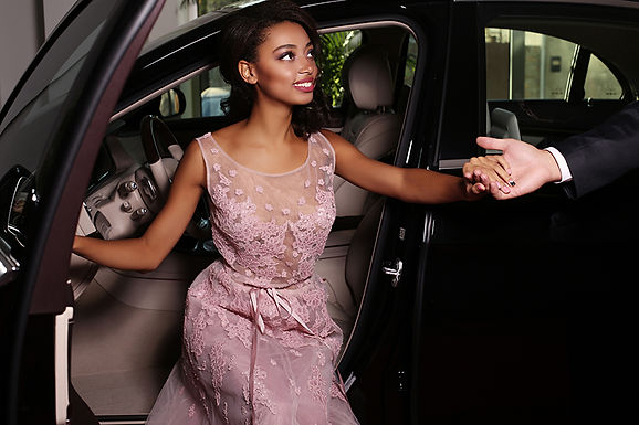 woman getting out of car, valentine's day aesthetics treatment, valentine's day skin care, anti-aging treatment, treatments to look younger,  valentine's day med spa treatment, valentine's day cosmetic treatments