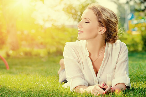 dermal fillers benefit, dermal filler advantages, why use dermal fillers, hyaluronic acid injections, anti-wrinkle skin treatment, skin plumping