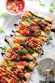 Vegan-Bruschetta-and-Arugula-Flatbread-P
