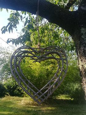 Coeur en bois à suspendre