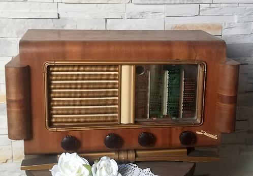 Poste de radio 1