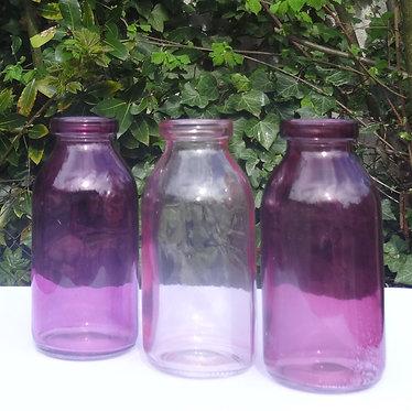 Trio de bouteilles roses