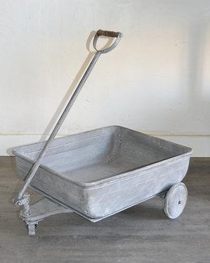 Chariot en zinc