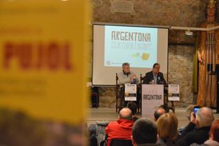 """Jesús Conte i Jordi Manent 14/12/18 Presentació del llibre """"Reconeixement a Jordi Pujol"""""""