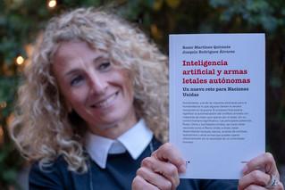 """Roser Martínez 7/6/19 Presentació del llibre """"Inteligencia artificial y armas letales autonomas"""