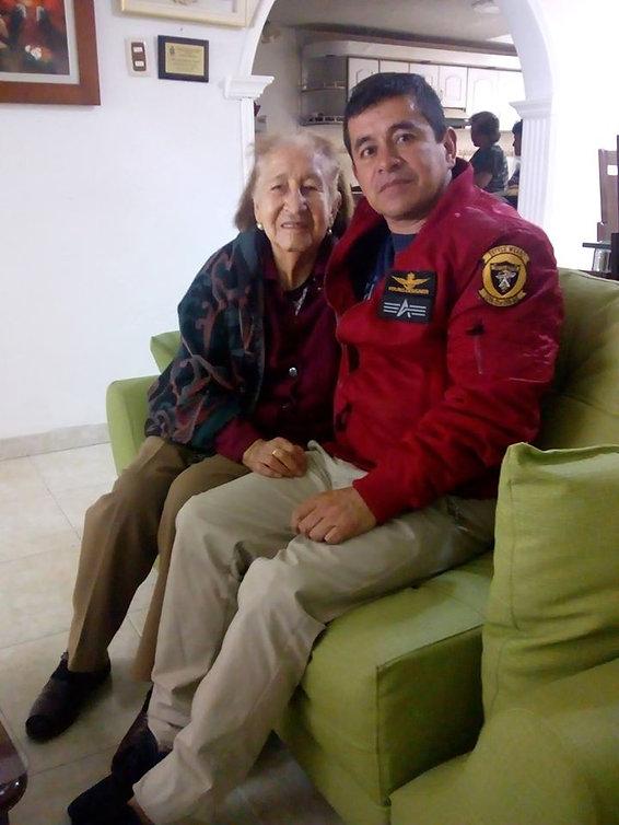 MARIA GUERRON Y ALBEIRO.jpg