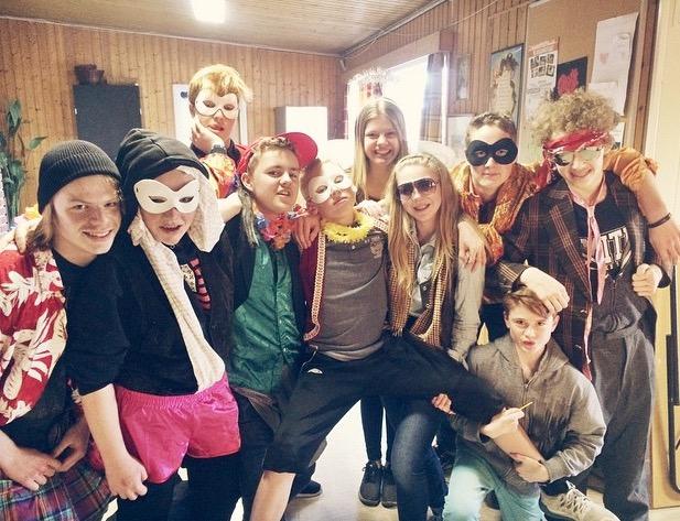 Gjengen_som_girer_seg_på_Tett_på_Acta_edited