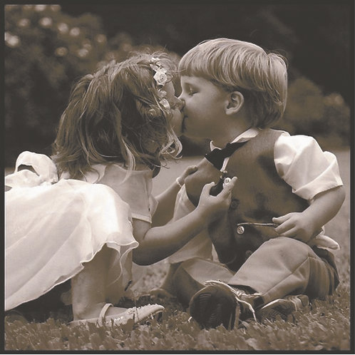 Young Boy & Kissing PC