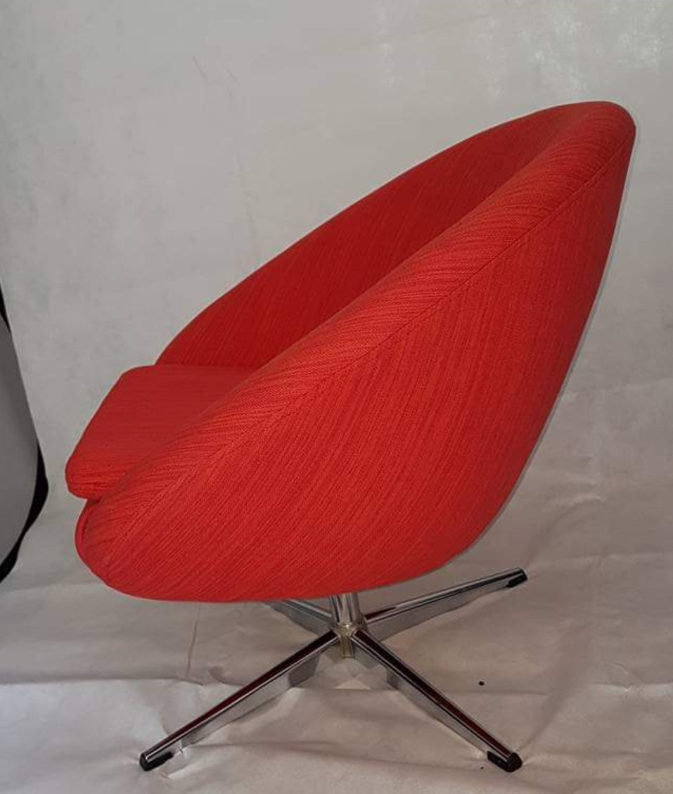 Incredible 1960S Retro Swivel Chair Squirreltailoven Fun Painted Chair Ideas Images Squirreltailovenorg