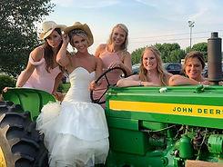 country_chic_vermont_wedding_barn.jpg