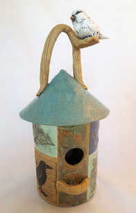 Baldwin-18-birdhouse with bird on handle