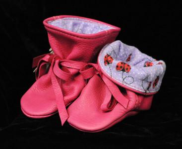 McGuire-131-pink booties.jpg