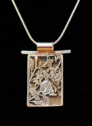 geiger- 18-silver-lily-pendant.jpg