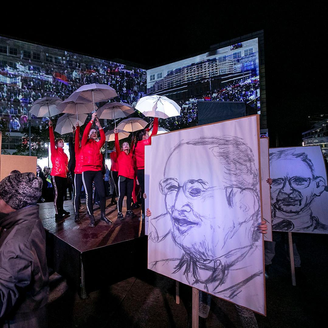 0411revolution200roh.jpg