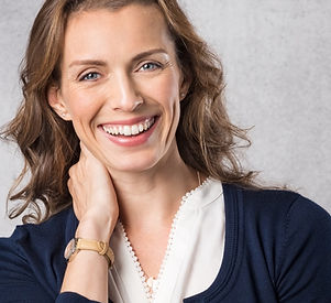 Microneedling RF Genius and Infini DERMATOLOGY CENTRE Dr. Cathy Dierckxsens Brussels is specialised in cosmetic procedures and lasers treatments for face and body. For medical dermatology the practice is specialised in medical laser treatments, mole- and skin cancer screening and in surgical dermatology. www.dermatocentre.be Dermatology Centre info@dermatocentre.be Avenue des Nerviens 41, 1040 Bruxelles, Belgium +32 (0) 2 735 94 42