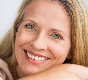 Laser Genesis DERMATOLOGY CENTRE Dr. Cathy Dierckxsens Brussels is specialised in cosmetic procedures and lasers treatments for face and body. For medical dermatology the practice is specialised in medical laser treatments, mole- and skin cancer screening and in surgical dermatology. www.dermatocentre.be Dermatology Centre info@dermatocentre.be Avenue des Nerviens 41, 1040 Bruxelles, Belgium +32 (0) 2 735 94 42