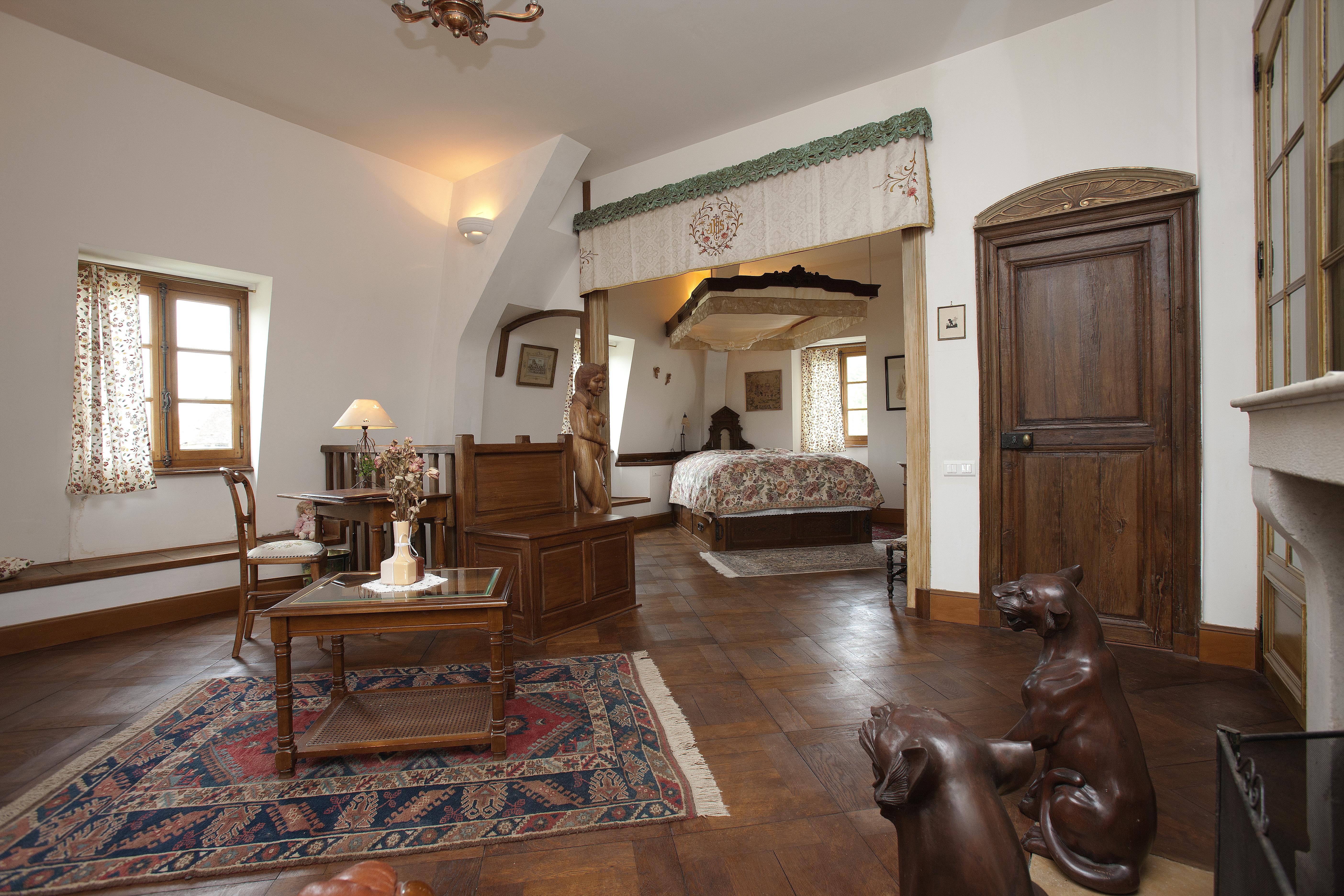Suite Sainte-Maure, chambre