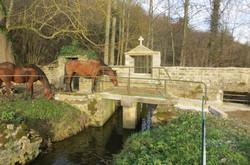 Calvaire du pont de la digue, Flée