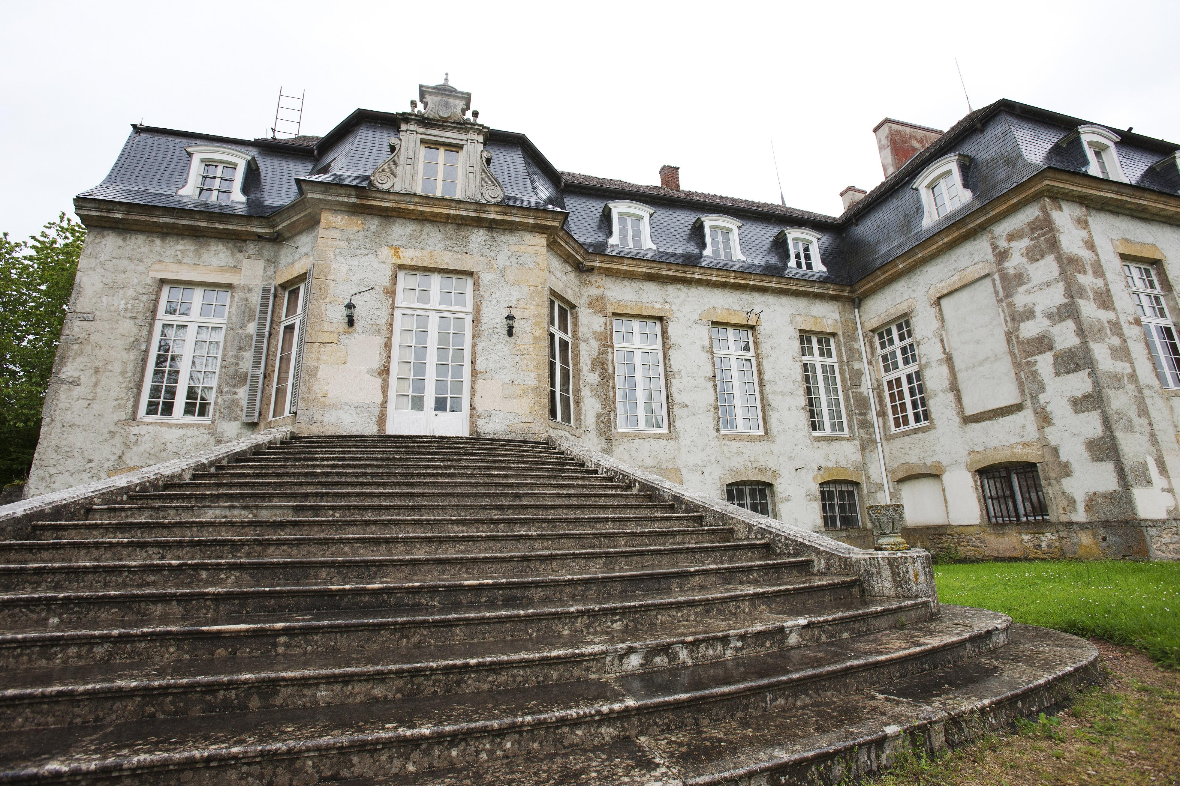 Escalier d'honneur, Château de Flée