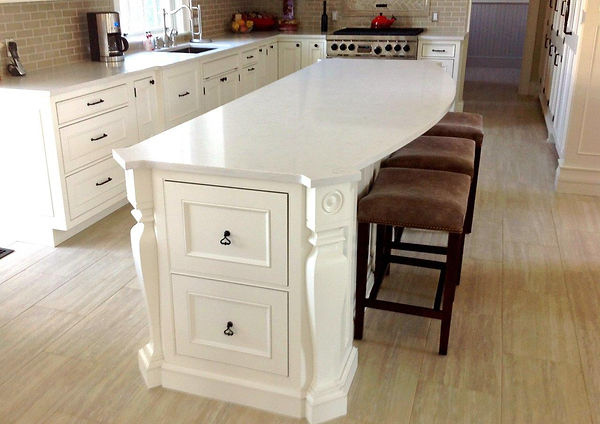 white kitchen island.jpg