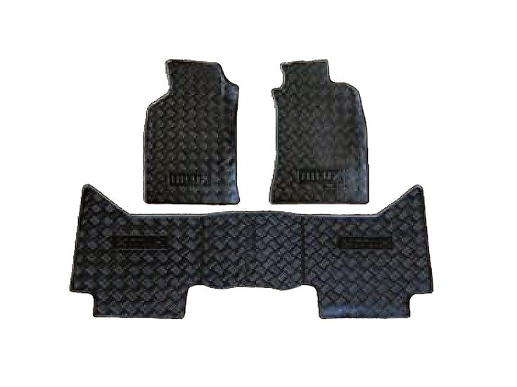 Toyota Hilux Vigo Rubber Mat (3 pcs)