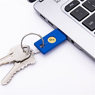 Security-Key-plugged-in-with-key-ring.jp