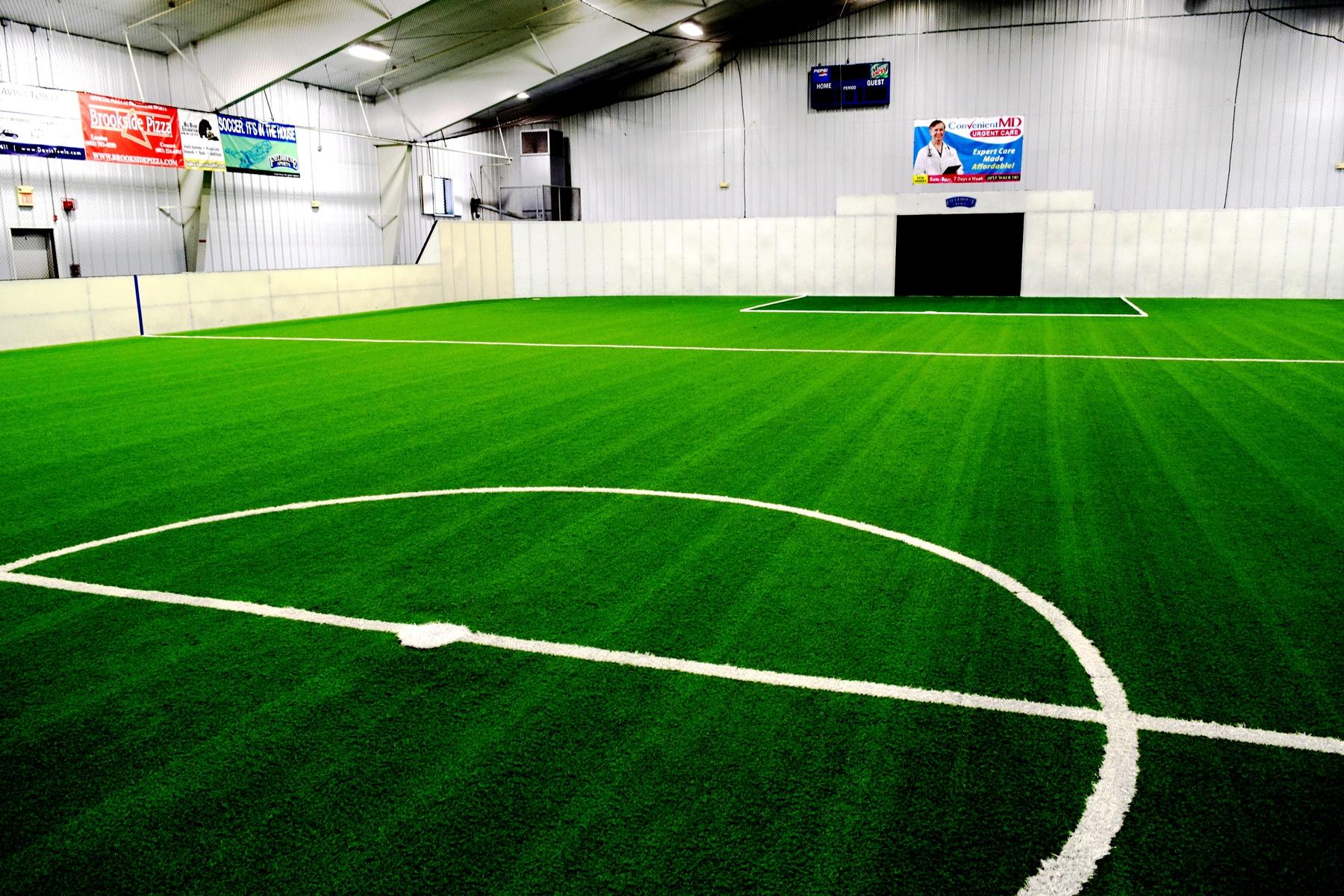 Pro-size Turf Field at FieldHouse