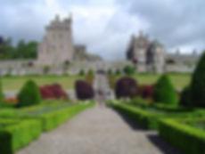 Drummond-Castle-Gardens-PerthandKinross-