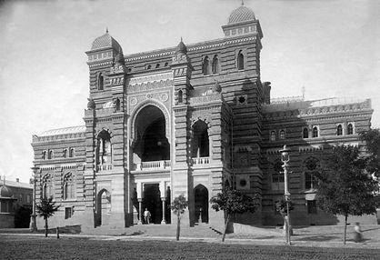 Старый Тбилиси Оперныи театр построен в