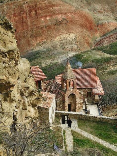 Монастырь Давид Гареджи Грузия...jpg