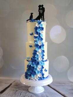 Bruidstaart blauwe bloemen