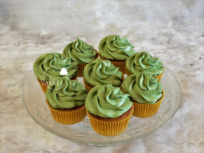 Cupcakes met pistache crème