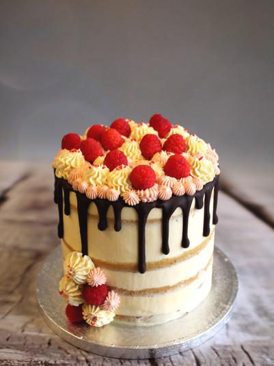 Vegan taart met frambozen