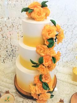 Gele bruidstaart