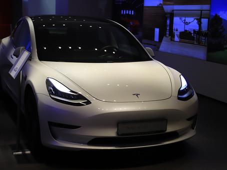 Отчетности Лидеров- Apple, Tesla, Microsoft; Заседание Fed: План Действий Инвестора