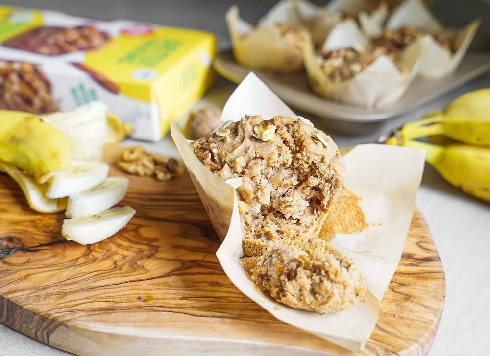 selbstgemachte gesunde Bananenmuffins mit der Baetter Baking Banana Bread Backmischung - vegan, glutenfrei und in hochwertiger Bio-Qualität