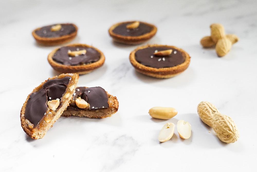 Silvester Finger-Food: Peanut Butter Caramel Cups mit Schokolade
